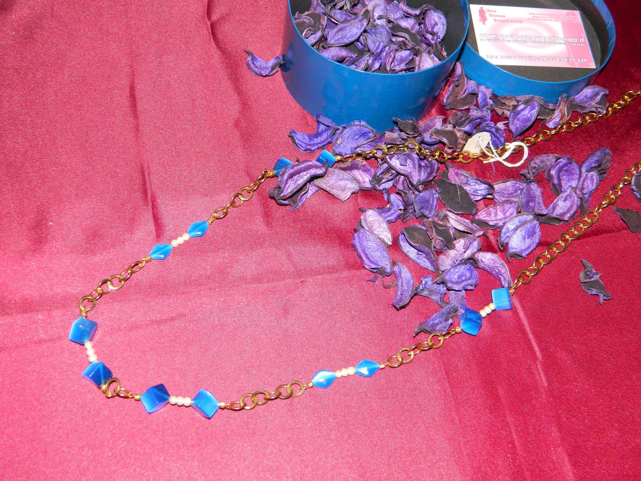 collana turchese e dorata