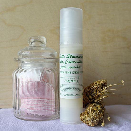 Antos latte struccante alla camomilla per pelli sensibili