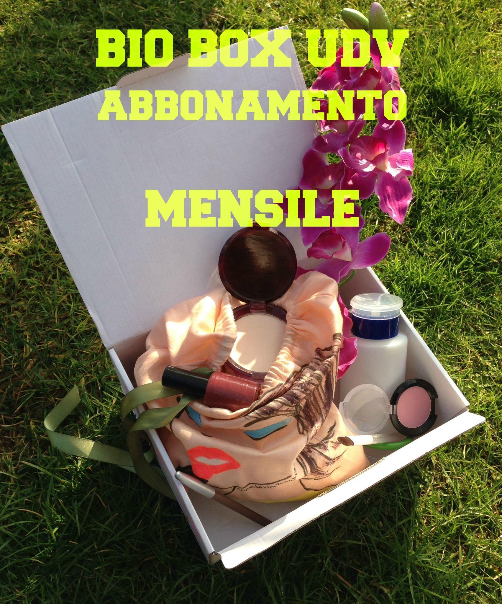 Una donna vagabonda BIO BOX abbonamento MENSILE